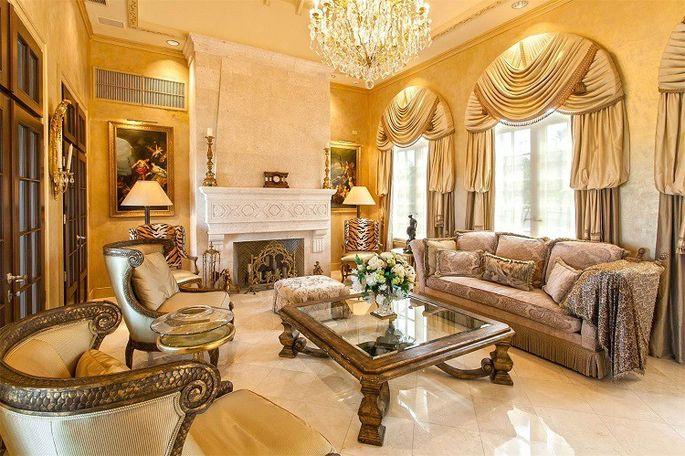 trump-mansion-indoor
