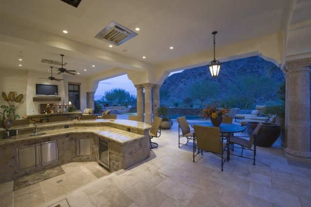 outdoor kitchen DIY tips from your Charlotte realtor- Dupont Real Estate